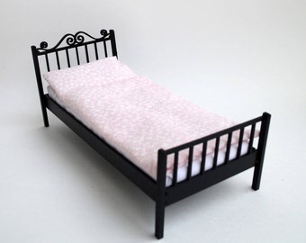 Doll bed #2. Scale 1/6 YoSD, 1/4 MSD (bjd, barbie, monster high, momoko, blythe, obitsu, azone, unoa, pullip, FR, fashion doll furniture)