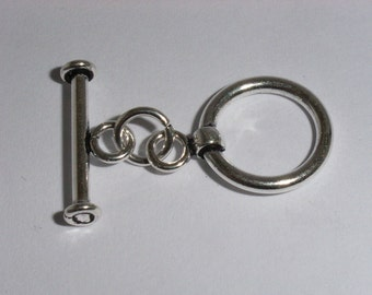 2682: Medium Sterling Silver Toggle Clasp