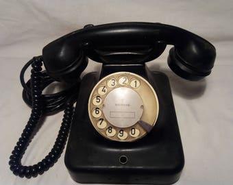 Vintage 1960's Black Bakelite Phone.Brand:SIEMENS - GERMANY