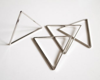 6 pieces of cut raw brass tube outline charm in triangle 40x1.5 mm plated in steel color