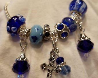 The Cross Bracelet