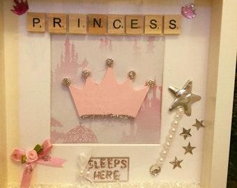 Princess sleeps here Box frame