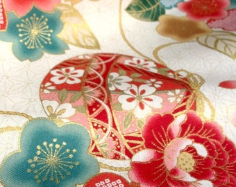 Japanese fabric, traditional Temari and flowers, background, unbleached, cotton 110 x 50 (004-B)