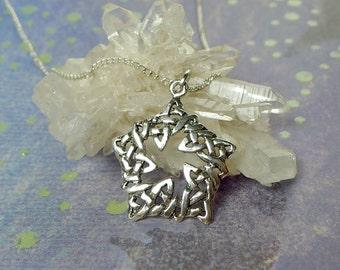 Celtic Pentagram Pendant, Sterling Silver Celtic Star Pendant Necklace, Celtic Jewelry, Star Necklace, Pentagram Necklace, SE-0027