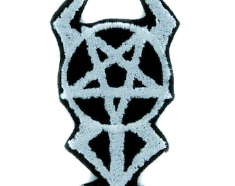 Horned Pentacross Patch Iron on Applique Occult Clothing Inverted Pentagram Cross - YDS-EMPA-050-PATCH