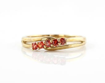 Vintage Garnet Ring, 9K Gold Ring, Red Garnet Ring, 9ct Yellow Gold Ring, Vintage Ring