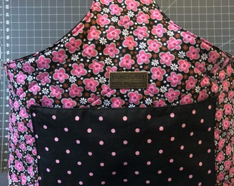 Reversible knitting or crochet project bag