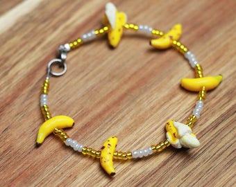 Beaded banana Bracelet - Fruit Jewelry - Miniature Food Jewelry, birthday gift, food jewelry, kawaii jewelry, gift