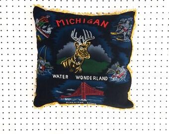 Vintage Michigan Souvenir Pillow Cushion (1960s)