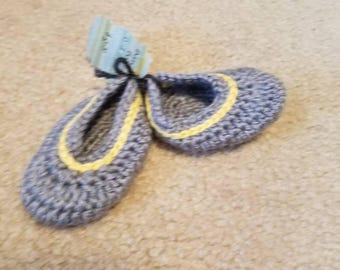 Grey & Yellow Baby Booties 0-3 months