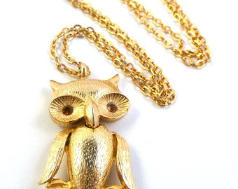 Vintage Owl Necklace, Wise Owl Necklace,  Articulated Owl Necklace 1970's.