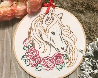 Horse Embroidered hoop art - Equestrian Art - Horse decor - Horse Lover Gift - Equine Art