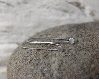 Minimalist sterling silver earrings, tiny drops earrings, modern silver earrings, tiny simple earrings, oxidized or polished shiny silver