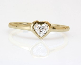Heart Shape Diamond Solitaire Unique Engagement Ring Yellow Gold Yellow Gold HANDMADE Silly Shiny Diamonds.