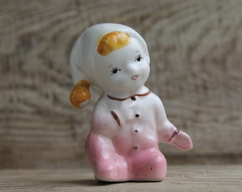 Vintage Europe  Figurine ... porcelain Girl