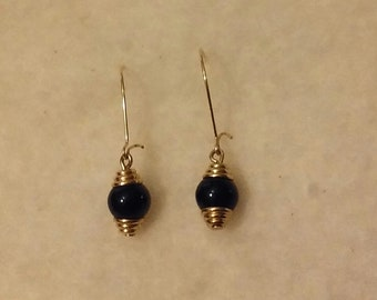 A Beautiful Pair of 2cm Dangle Earrings