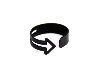 Matte Black Wrapped Arrow Ring