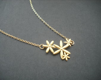 matte 16K four flower connectors necklace - 16K yellow gold plated