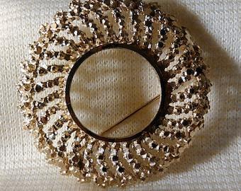 Vintage Round Gold Filigree Brooch