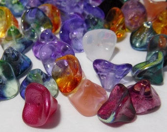50 - Czech Glass Bell Flower Beads 12x10mm