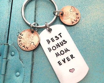 Personalized Bonus Mom Keychain, Mothers Day Gift For Step Mom From Stepkids, Step Mother Key Ring, Stepmom Gift, Birthday Gift For Stepmom
