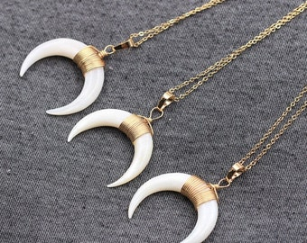 Resin Horn Necklace