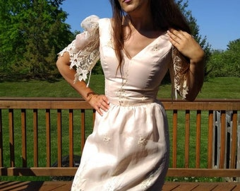 Ethereal dress/satin/lace/bombshell/bridal/wedding/gown/80s/retro