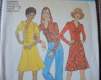 vintage 1970s simplicity sewing pattern 7090 junior petite two piece dress or top with or without hood size 7jp & 9jp UNCUT