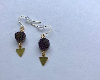 Dark Purple Raw Agate Druzy Earrings - Brass Arrow Triangle Pendant Earrings