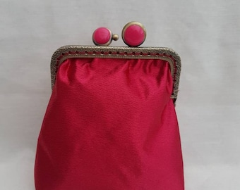 Deep Pink Kiss Clasp Coin Purse/Coin Purse/Change Purse