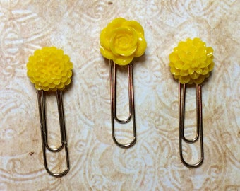 Bright Yellow Flowers Paper Clip Bookmark Set
