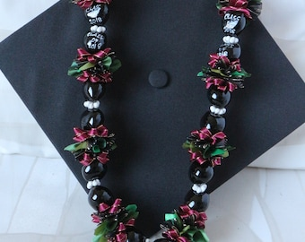 Hawaiian Kukui Nut Lei Class of 2018 Maroon