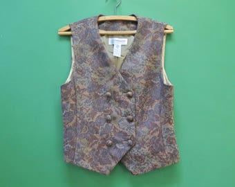 80s Double Breasted Liz Claiborne Vest in Women's Size 4 P(A sleeveless muted tone brocade vest with a 32 inch waist.)