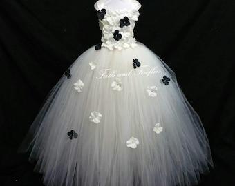 White/Black Flower Girl Dress / Flower Girl Dresses / Bridesmaid Dress / Princess Dress / Formal Dress / Simple Wedding Dress / Flower Girl