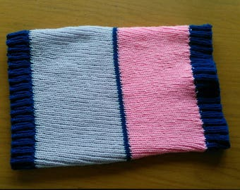 Pink and lilac snood