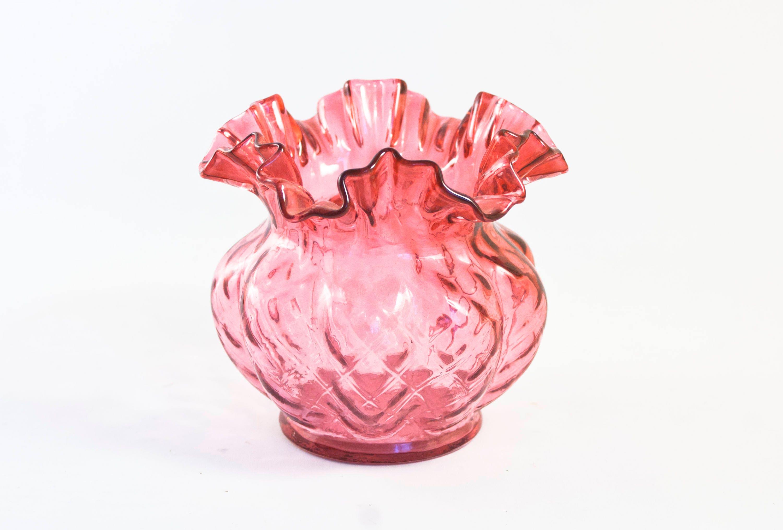 Vintage cranberry fenton glass vase pink quilted optic melon description vintage fenton cranberry flower vase reviewsmspy