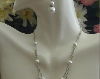 Pearl Earring & Necklace Set