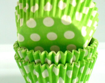 Polka Dot Muffin Cases Lime Green 36 in pack