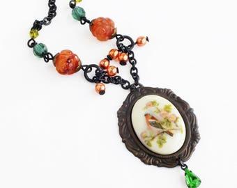 Victorian Bird Cameo Necklace Vintage Finch Bird Beaded Pendant Necklace Victorian Summer Bird Jewelry