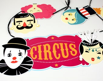 Party Garland CIRCUS FREAKSHOW
