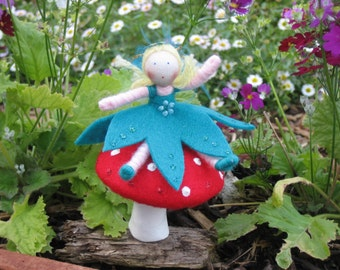 Flower Fairy and toadstool
