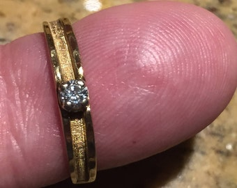 Vintage 10k solid gold diamond engagement ring 0.9 carats size 6 c1960s