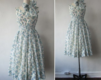 1950s floral dress | vintage 50s floral dress | 1950s fit and flare dress | chiffon dress | 1950s party dress | Greta's Garden Party Dress