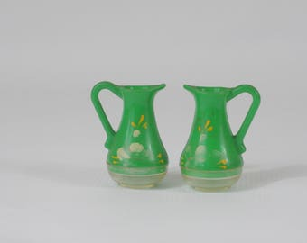 Vintage Salt And Pepper Shakers Teapots Plastic Salt And Pepper Shakers 1950s