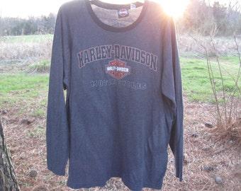 Harley Davidson Savannah Georgia T Shirt      long sleeve   black and dark gray     size xlarge  free shipping in the u s a