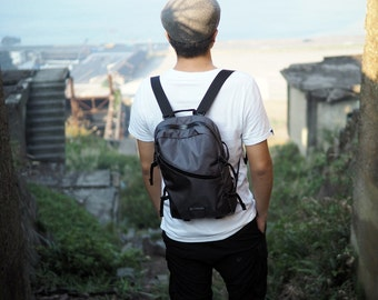 CLAST Backpack- Gray