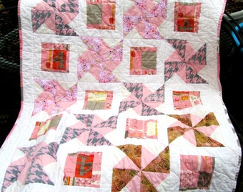 Baby Girl Quilt, Pink and White Pinwheels, Pink and Gray