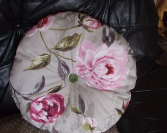 """LOVELY cushion round """"Nature"""" with heart """"door"""" model unique brand"""
