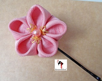 Japanese flower Tsumami kanzashi for hair, Japanese silk kimono fabric in pink tone.