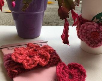READY to SHIP.   Cup Cozy w/ interchangeable heart & flower center. 100% Handmade, Valentines Gift, Teacher Gift, Starbucks Grande TOGO Cozy